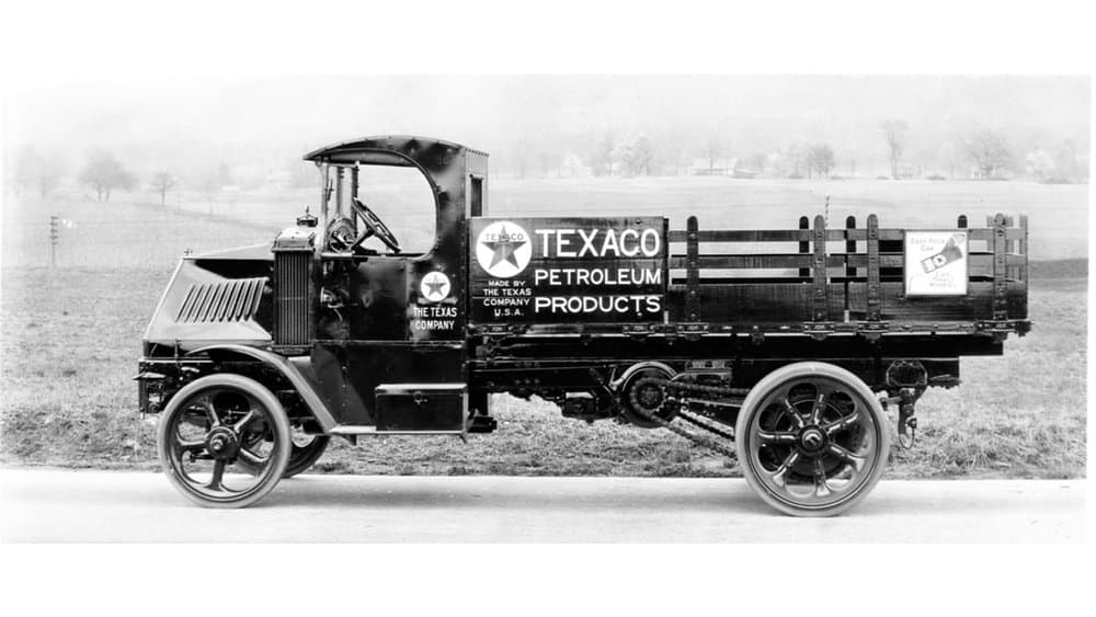 This Mack truck was used by Texaco. Note the chain drive at the rear wheel. (Photo: Mack Trucks)