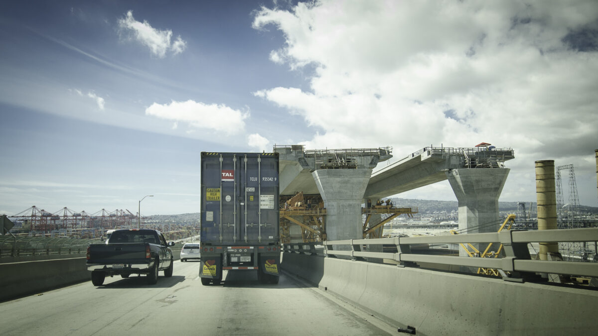 House Democrats succeed in boosting trucking insurance to $2 million