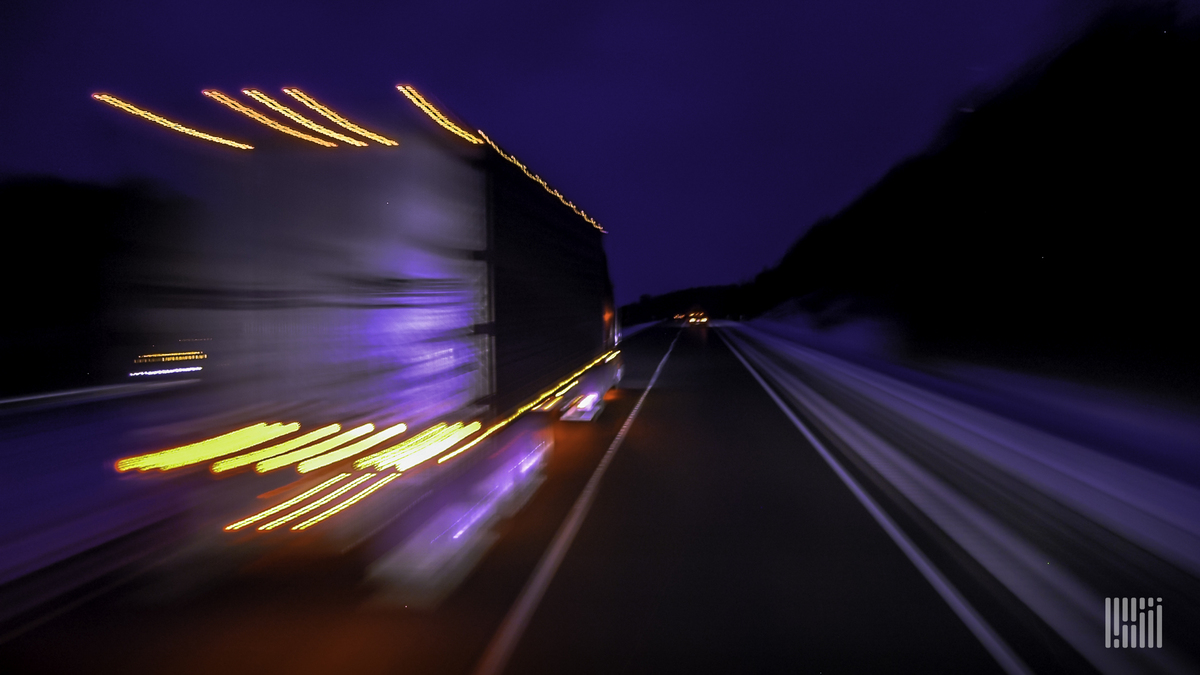 Daimler gets FMCSA to consider rule changes for windshield cameras