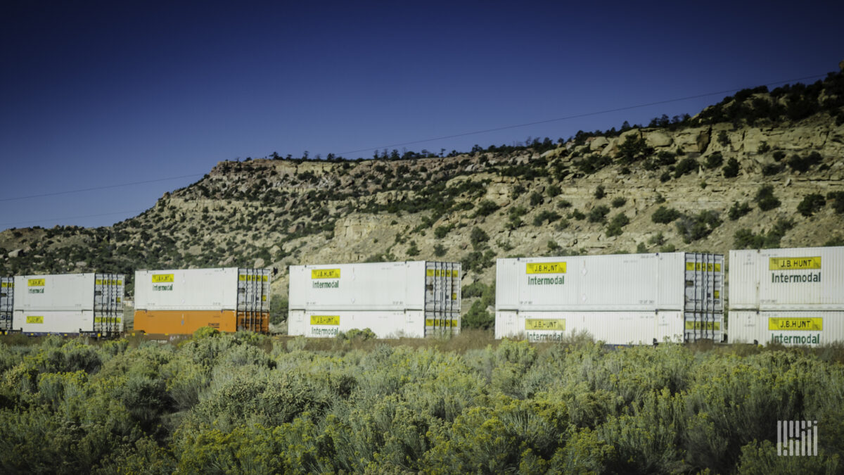 J.B. Hunt's sustainability report finds rising emissions, lower carbon intensity