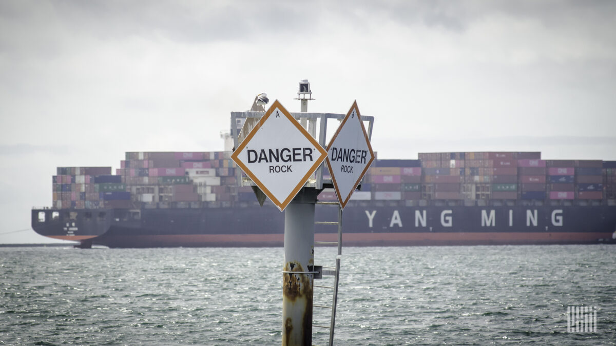 Borderlands: Shipping container squeeze hits US soybean exporters