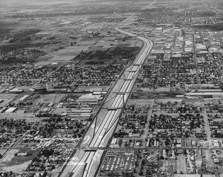 I-17 under construction in 1968. (Photo: Arizona State Library)