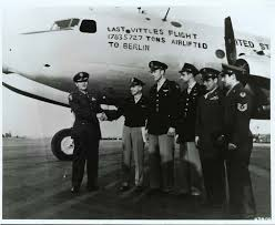"""This is a photo of the crew of a U.S. Air Force bomber used during the Berlin Airlift. Painted on the airplane is """"Last Vittles Flight."""" (Photo: afhistory.af.mil)"""