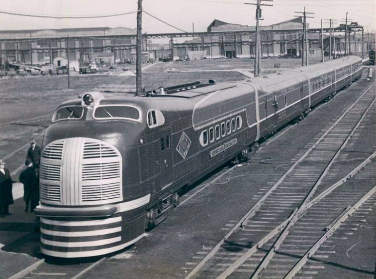 This postcard shows the Illinois Central's Green Diamond streamliner.