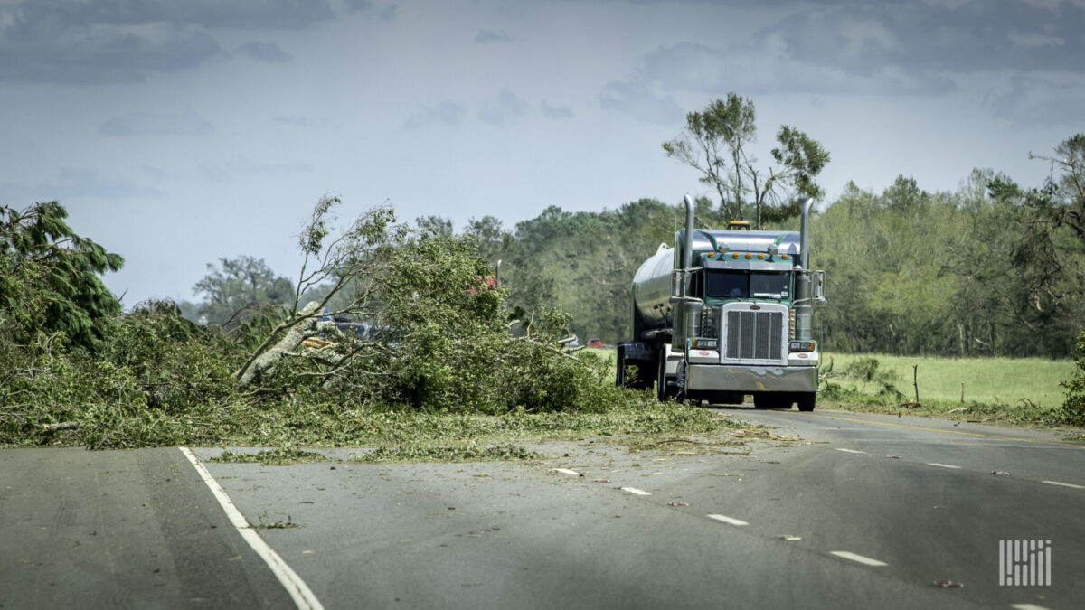 Tractor-trailers heading into an area of the Gulf Coast damaged by Hurricane Laura in August 2020. (Photo: Jim Allen/FreightWaves)