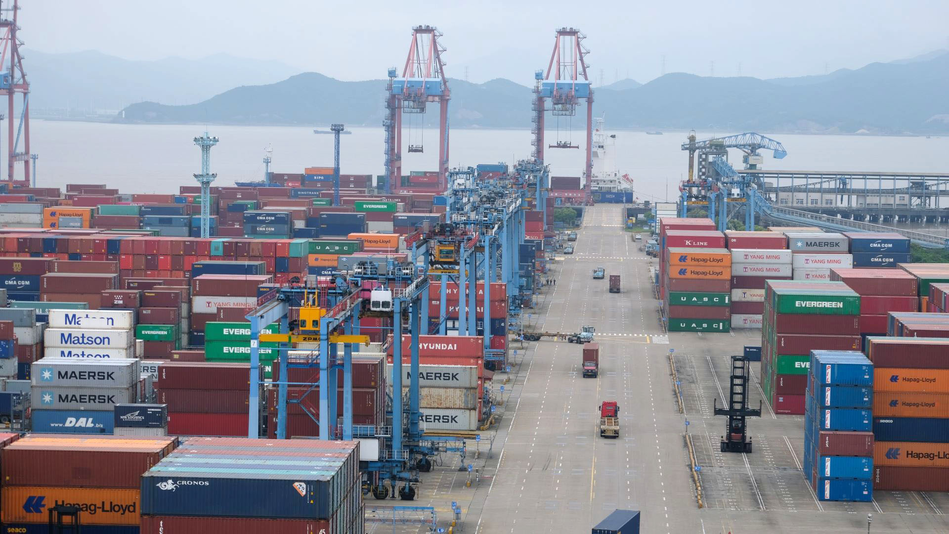 Oh no, not Ningbo! COVID case shuts down container terminal in China