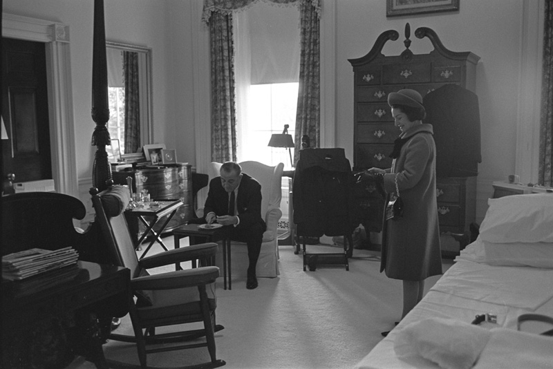 A photo of President and Mrs. Johnson in their White House bedroom. (Photo: National Museum of Natural History - Smithsonian Institution)