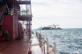 A dredging platform. (Photo: U.S. Army Corps of Engineers)