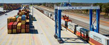 An intermodal train is loaded at Inland Port Greer. (Photo: SCPA)