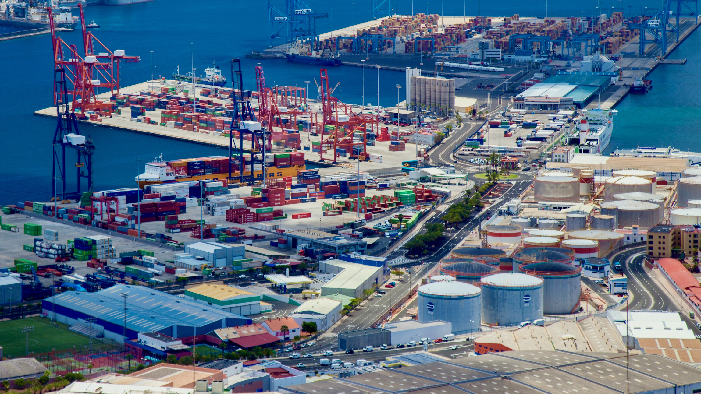 An aerial view of the Port of Las Palmas, which includes Petrologis Canarias, a company targeted in a ransomware attack.
