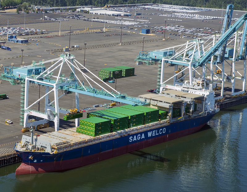 A crane hovers over the Saga Welco at Terminal 6. (Photo: Port of Portland)