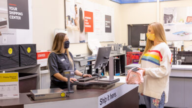 Staples to accept e-commerce returns from Happy Returns