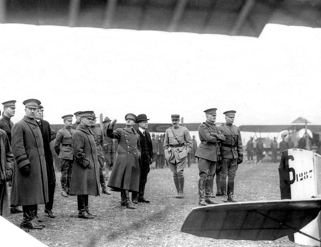 Atterbury (far left), other U.S. Army officials with French officers and others. Gen. Pershing is right of center with his arms folded. (Photo: atterburybakalarairmuseum.org)