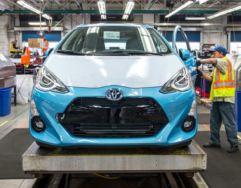 A new Toyota is inspected. (Photo: Port of Portland)