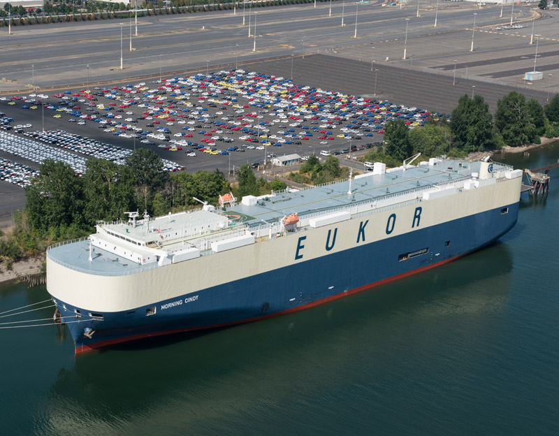 This ship is an automobile carrier (a ro-ro). (Photo: Port of Portland)