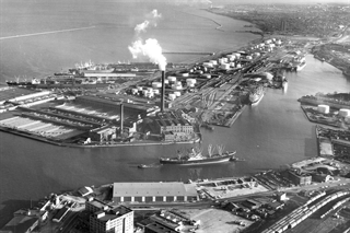 Another historical view of Port Milwaukee. (Photo: Port Milwaukee)