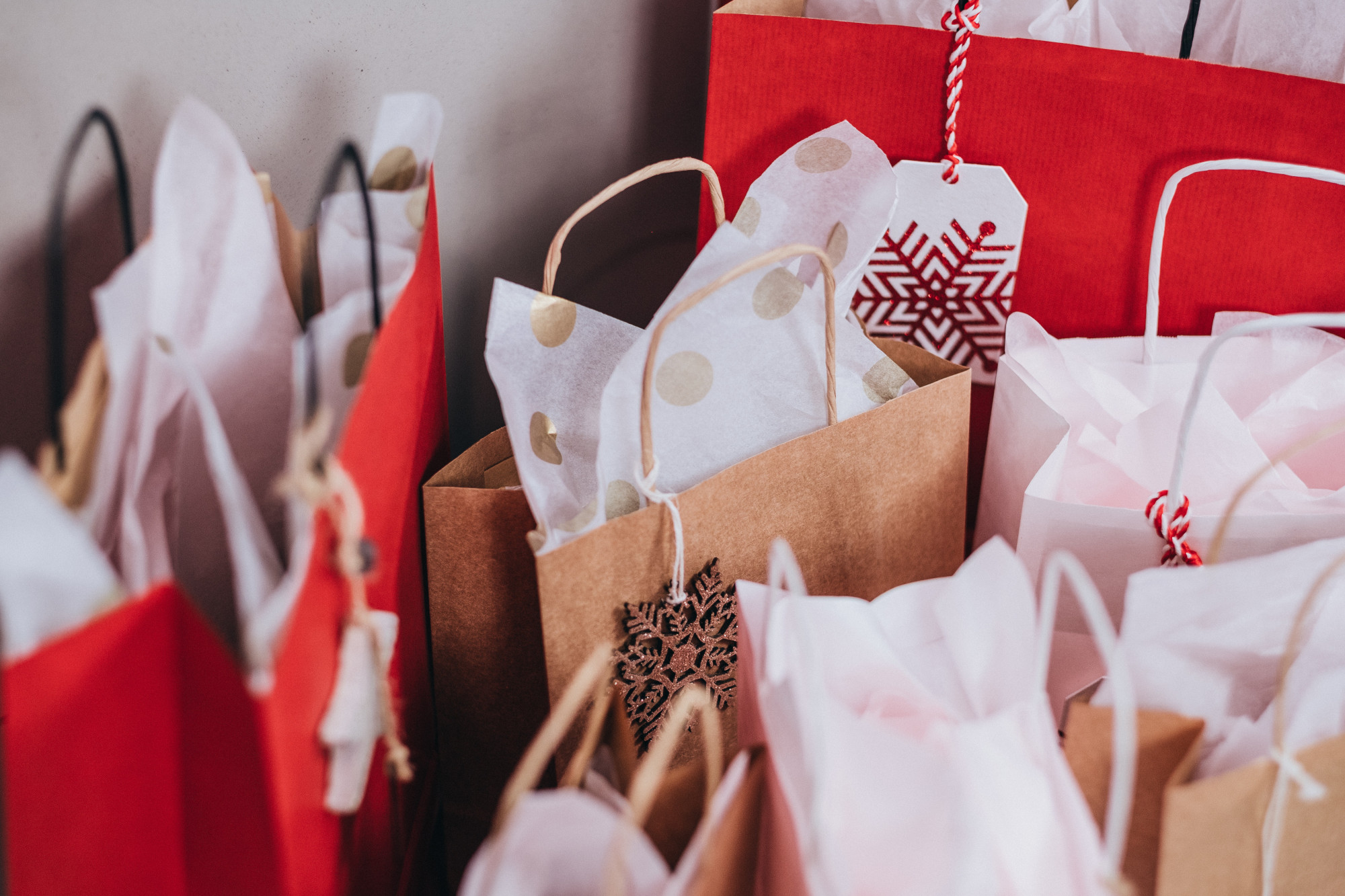 Supply chain backups mean you should do your Christmas, Hanukkah and other holiday shopping now