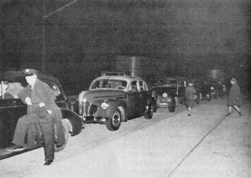 Motorists line up at Irwin, waiting for midnight and their first trip on the Turnpike. (Photo: Pennsylvania Turnpike Commission)