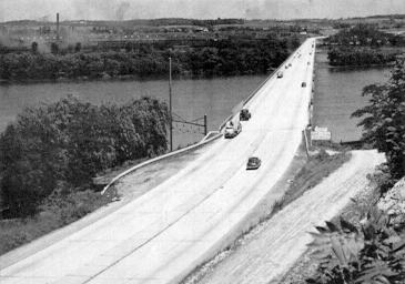 Looking east over the newly opened Susquehanna River bridge.   (Photo: Pennsylvania Turnpike Commission)