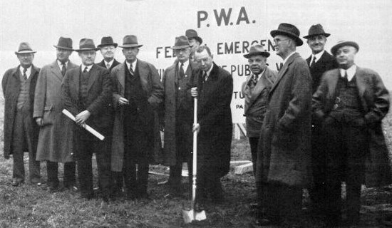 Groundbreaking ceremonies on October 27, 1938. Walter Jones, the commission chairman turns the first spade of dirt. (Pennsylvania State Archives)