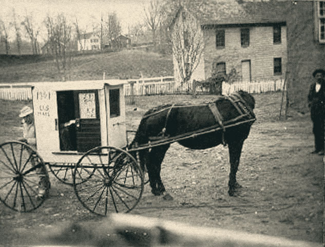 An RFD porter, his horse and his carriage.  (Photo: unionmills.org)